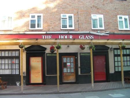 The Hour Glass Hotel & Pub, Walworth, London