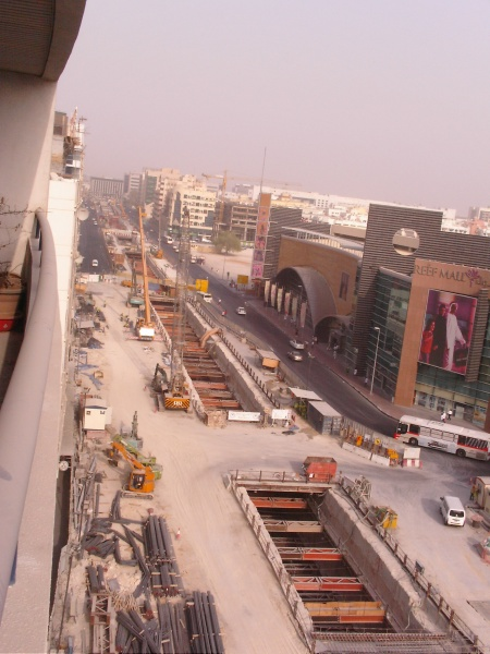 Salahuddin Road under construction