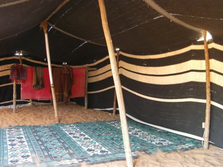 black and white goat hair tent