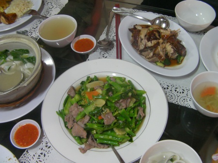 beef with kai lan, hainanese chicken