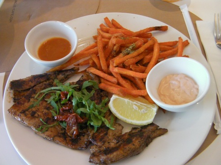 plate of chicken, sweet potato fries