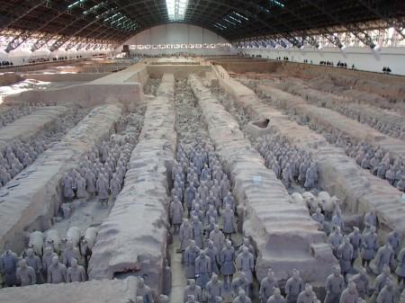 seven columns of ceramic warrior statues