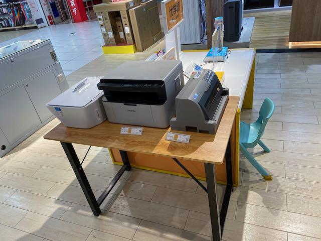 store display of three printers